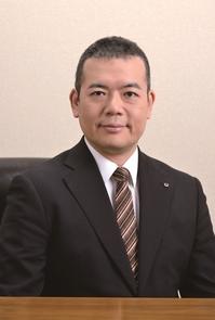 2017_理事長写真.jpg